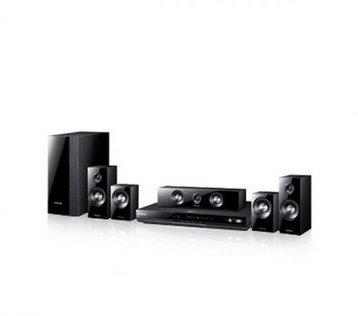 Home Theater Samsung com Blu-Ray / 3D / HDMI / Karaokê / Bivolt c/ Kit Wirelles SWA-5000/XAZ