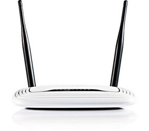 Roteador Wireless TP-Link / 300Mbps / 4 Portas / Com 2 Antenas / Branco