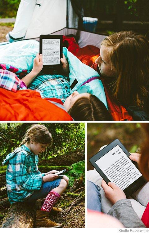 Crianças usando Kindle