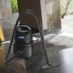 Aspirador de Água e Pó Electrolux Hidrolux AWD01 220V 1250W Preto e Azul