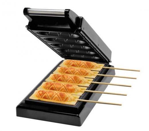 Crepeira e Hot Dogs Britania CHB5 / Preto / 900W / 5 Crepes ou Hot Dogs / Antiaderente / 110V