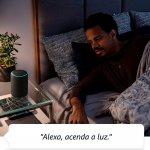 Echo Amazon Smart Speaker Alexa 3a Geração em Portugues Cinza