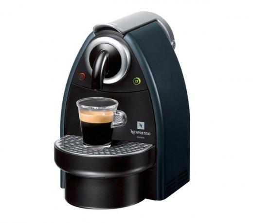 Máquina de Café Expressa Nespresso / Essenza Manual / Preta / 110V