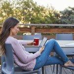 E-reader Amazon Kindle 8ª Geração Preto Tela de 6 Wi-Fi 4GB de Memória com Tela Touchscreen