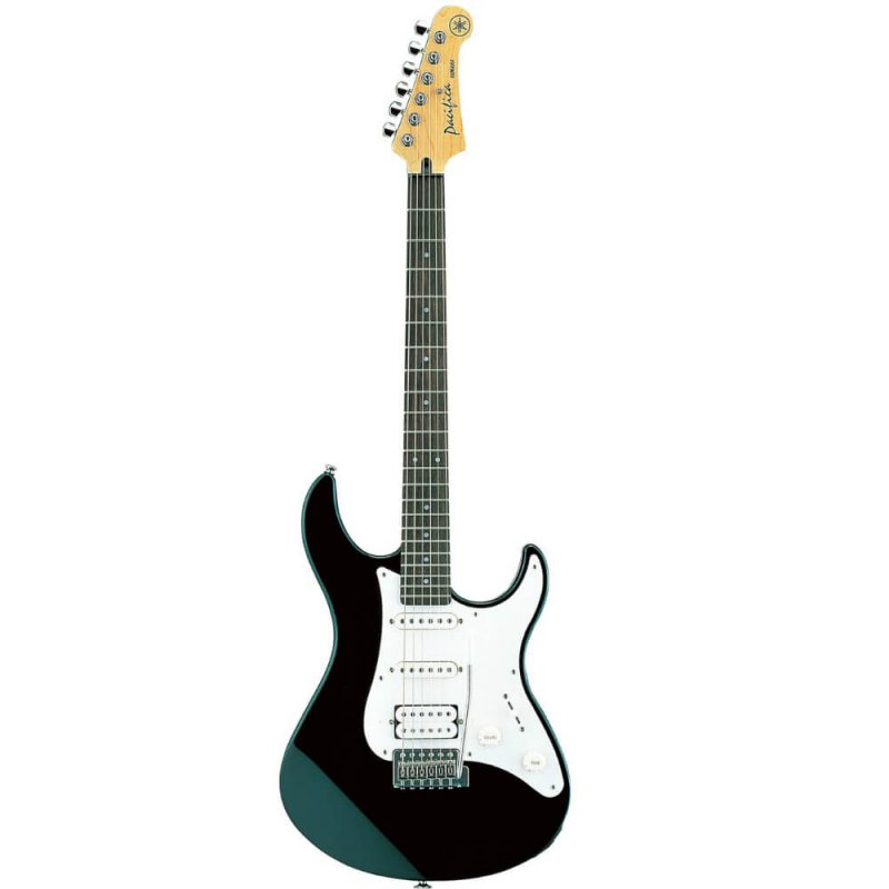 Guitarra Stratocaster Yamaha PACIFICA112J Preta com 22 Trastes 2 Single 1 Humbucker