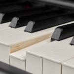Piano Digital Yamaha P-515 Branco com 256 de Polifonia 88 Teclas Acompanha Pedal Foot FC4A