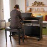 Piano Digital Yamaha Arius YDP-164B Preto com 192 de Polifonia e 10 Timbres